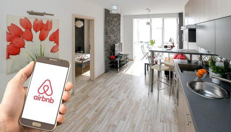 Airbnb: Ευκαιρία στην αγορά ακινήτων ή φούσκα